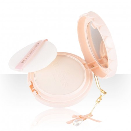 แป้งผสมรองพื้น Bisous Bisous Love Blossom Foundation Powder COLLAGEN  VIT C #1